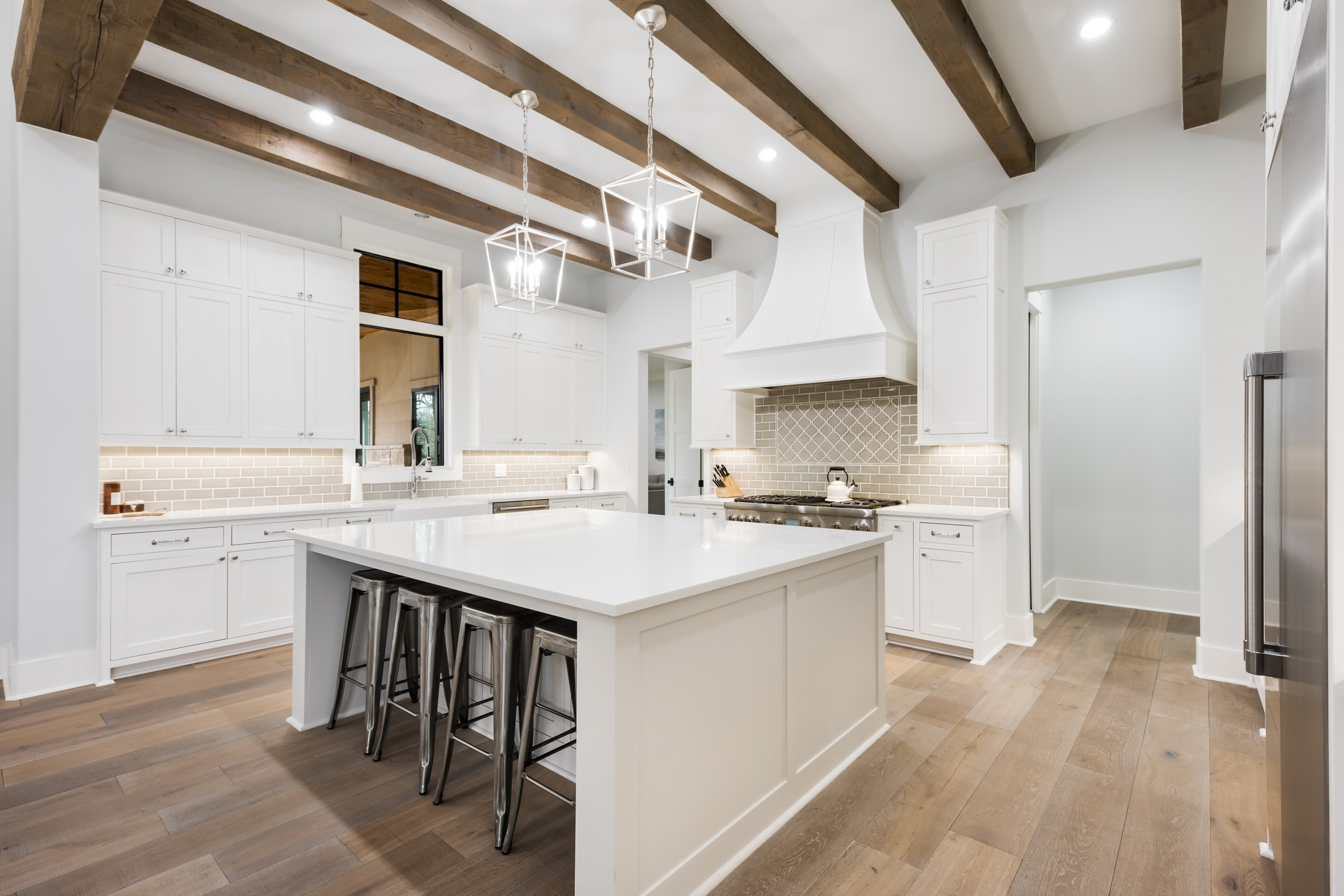 https://lingenfeltercustomhomes.com/wp-content/uploads/2019/08/9-1.jpg